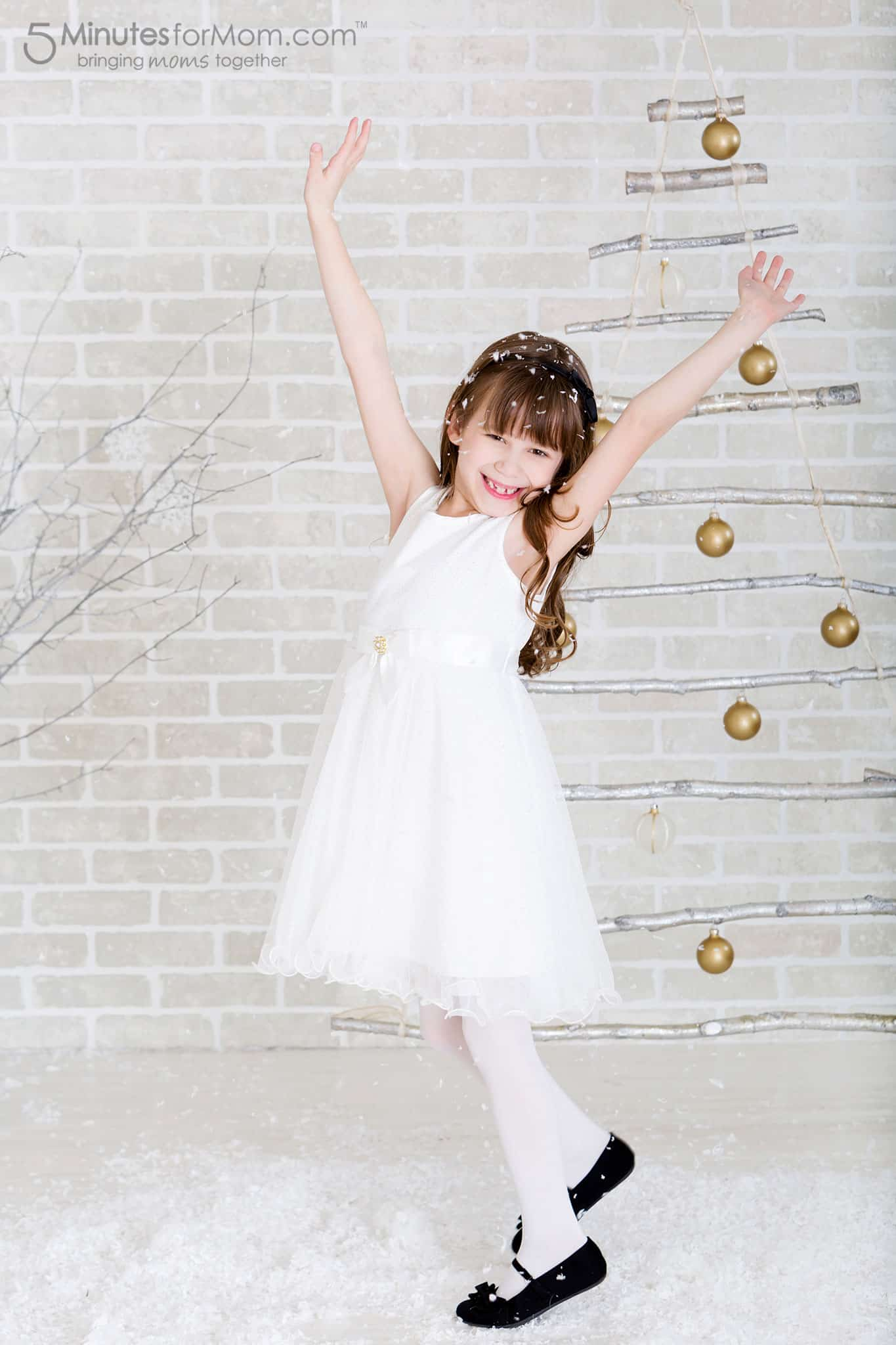 sophia-dancing-christmas-branch-tree