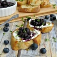 Blueberry and Goat Cheese Crostini with Thyme and Honey Recipe