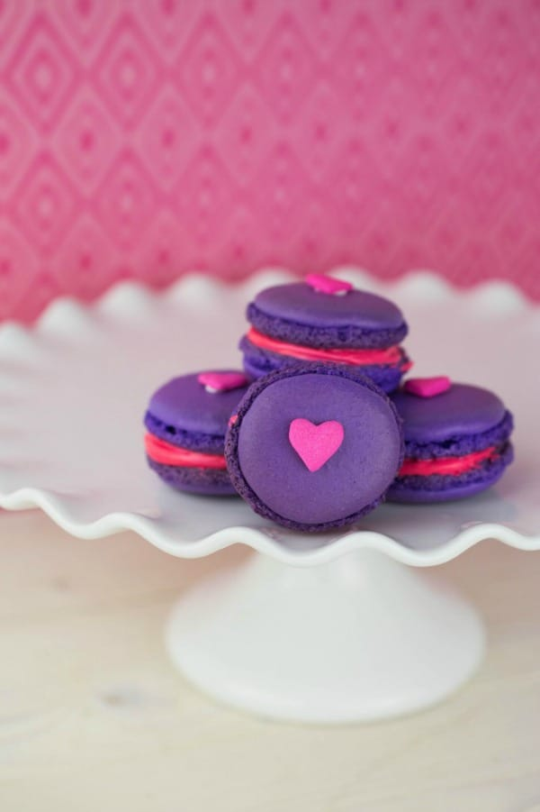 Valentine's Day Macarons Recipe from This Mama Loves