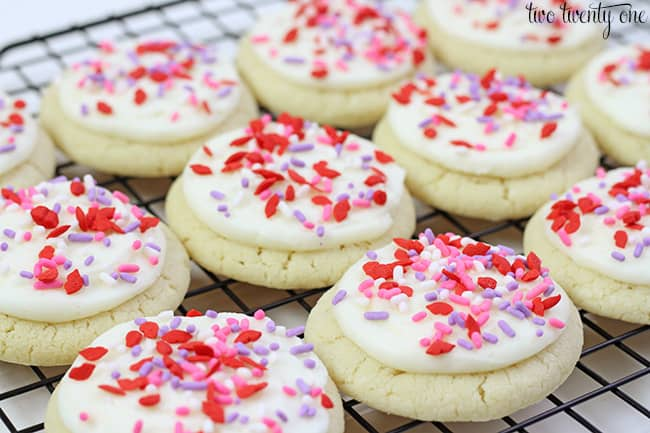 Valentine's Day Sugar Cookies from Two Twenty One