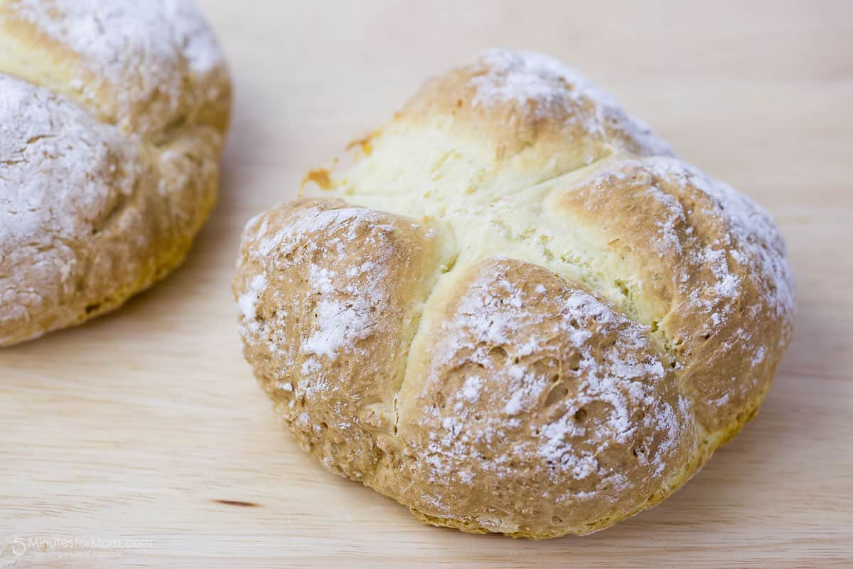 The post Traditional Irish Soda Bread appeared first on 5 Minutes for ...