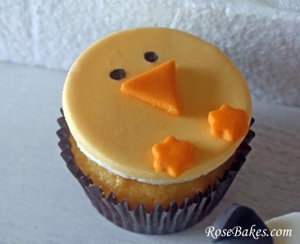 Baby Chick Cupcakes from Rose Bakes