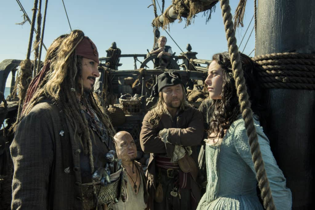 Pirates of the Caribbean: Dead Men Tell No Tales - Carina Smyth and Jack Sparrow