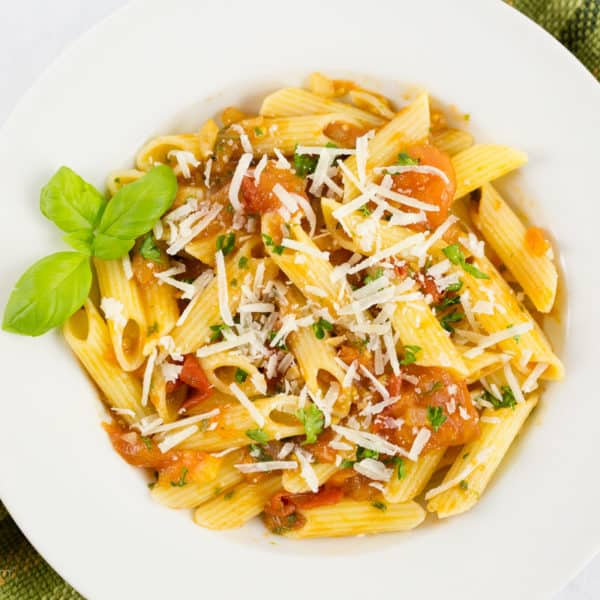 Gluten Free Penne with Fresh Tomato and Basil Sauce