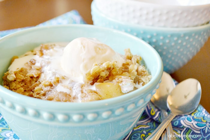 Crock-Pot®-Slow-Cooker-Apple-Crisp