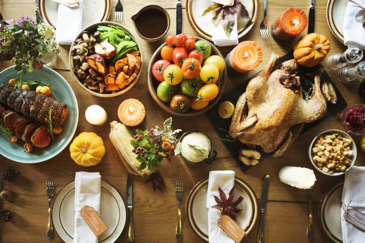Hosting Thanksgiving Dinner