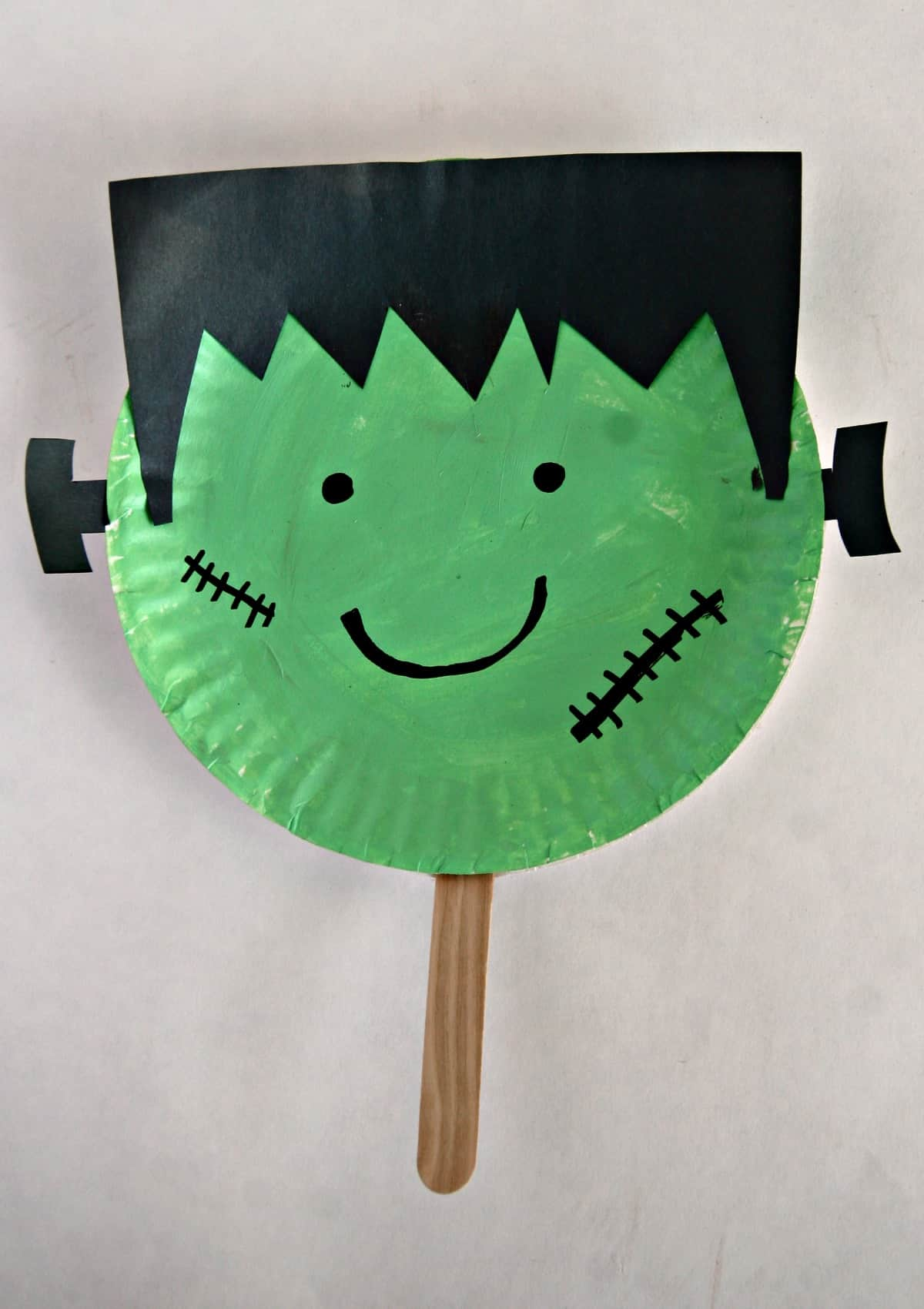 Paper Plate Halloween Stick Puppets Easy Halloween Craft