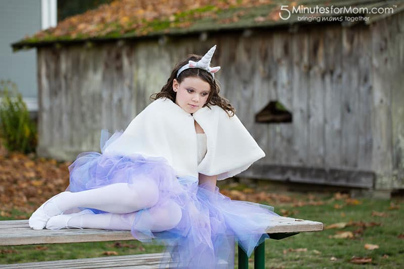 DIY unicorn costume for girls