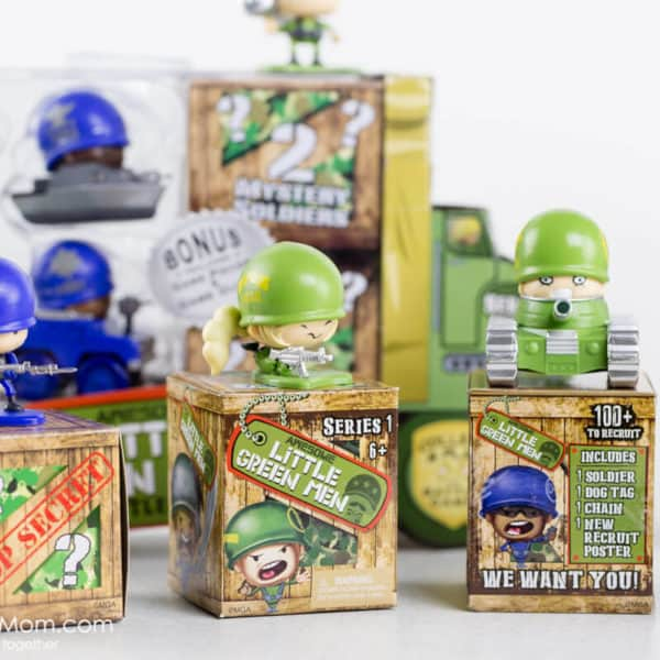 Awesome Little Green Men – Cool Collectible Toys Face Battle with Humour and Creativity