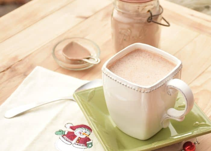 Peppermint Hot Chocolate Recipe frm A Proverbs 31 Wife