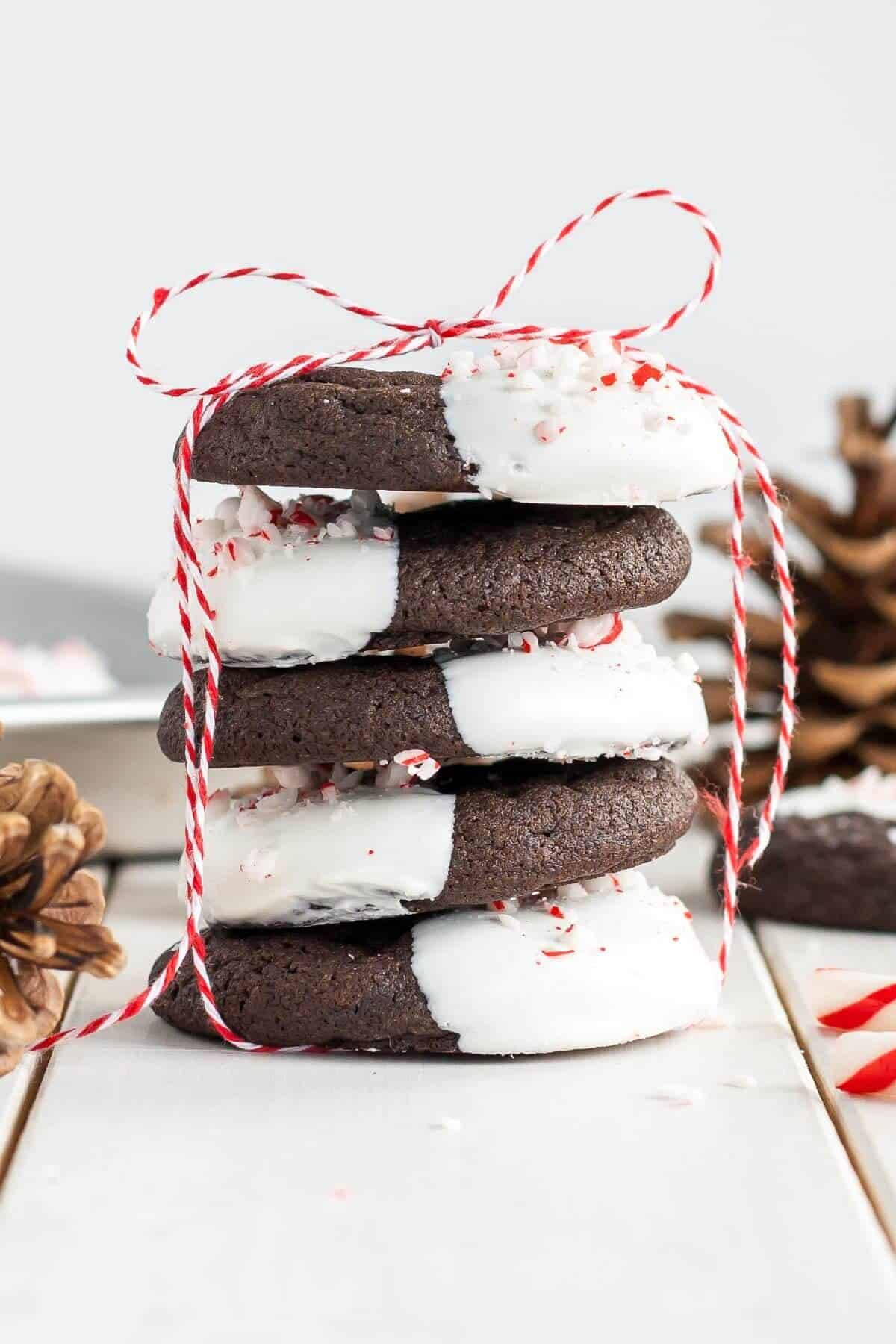 dark-chocolate-candy-cane-cookies