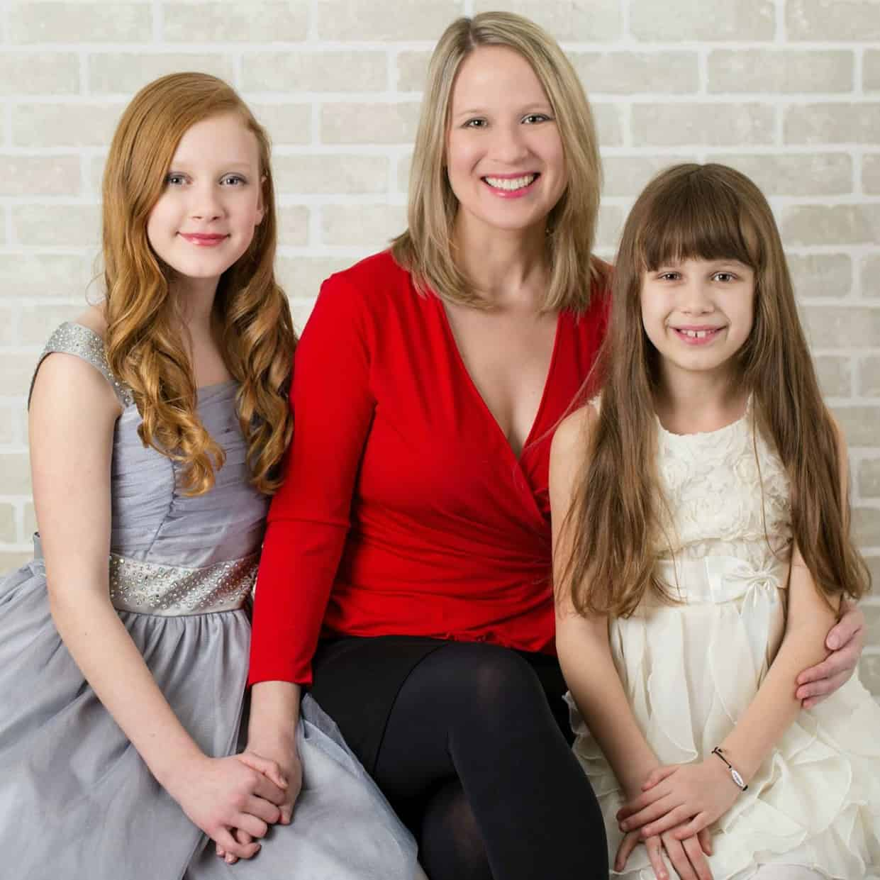 Susan with daughters Julia and Sophia