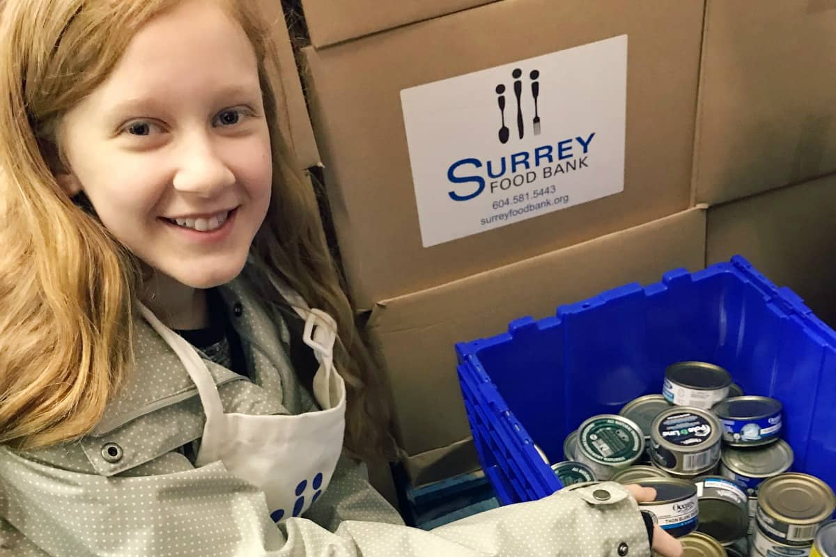 Julia volunteering at the Food Bank