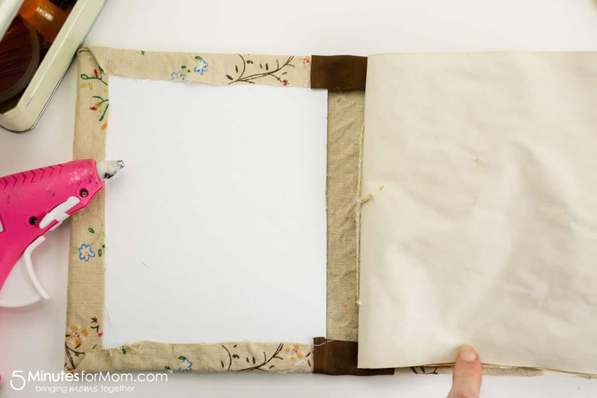 How to make a DIY tea stained journal