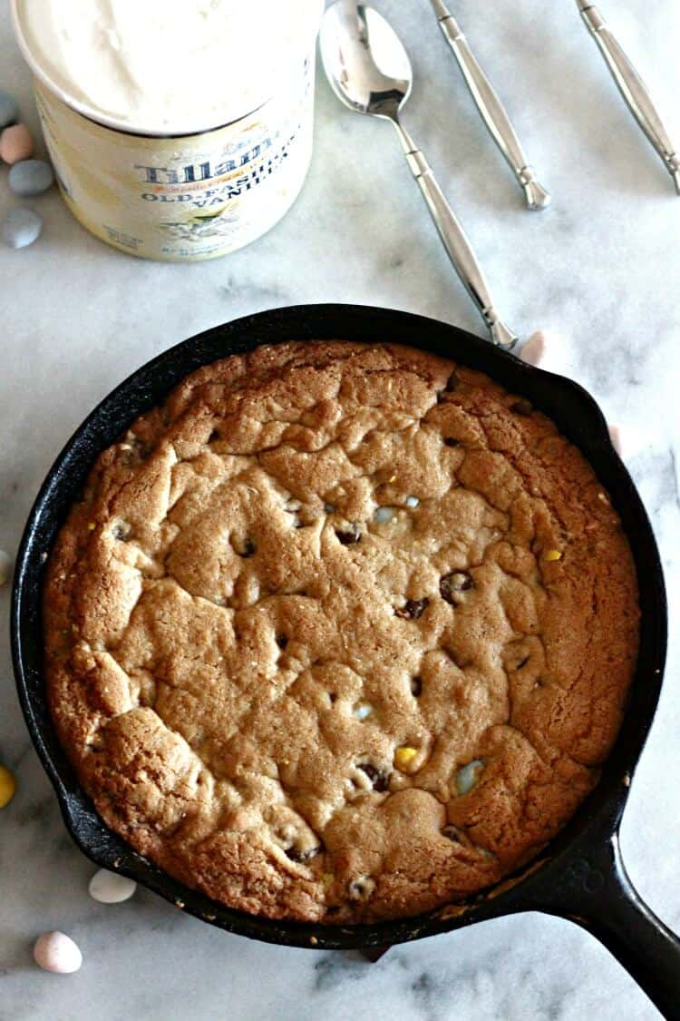 Deep Dish Chocolate Chip Cookie with Mini Eggs from Sparkle Living Blog