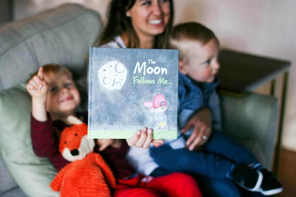 The Moon Follows Me - Reading with Kids
