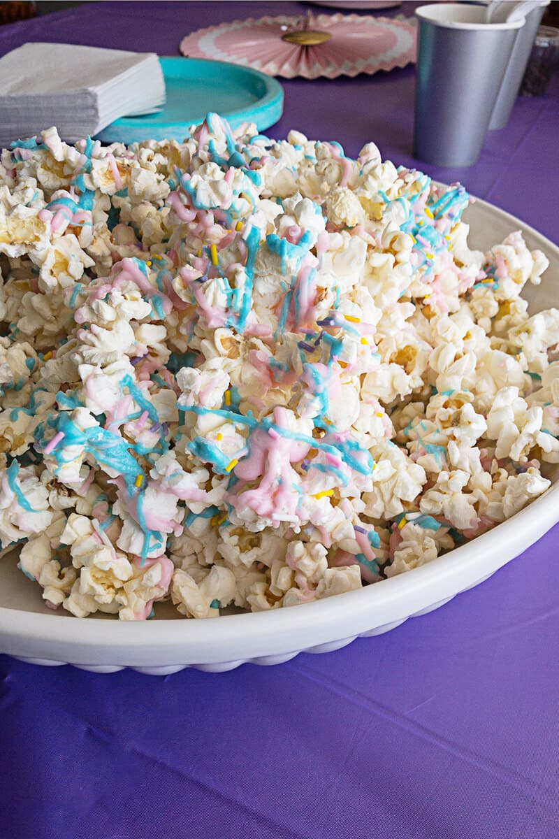 Unicorn Popcorn - A Tasty Treat!