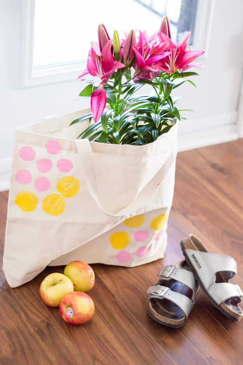 An oh-so easy DIY using potato stamps to elevate a simple canvas tote. I present to you my very own Potato Stamp Canvas Tote Bag.
