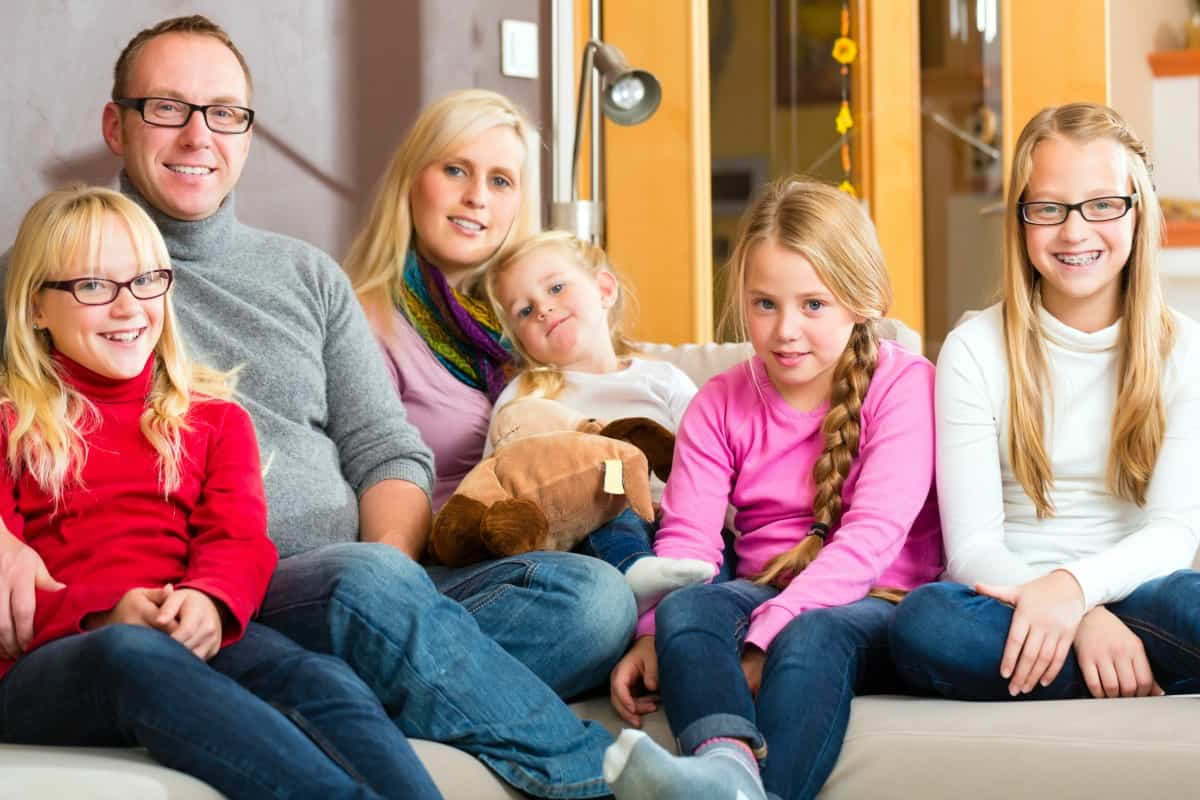 Can a small home work for a growing family 5 minutes for Large family living in small house