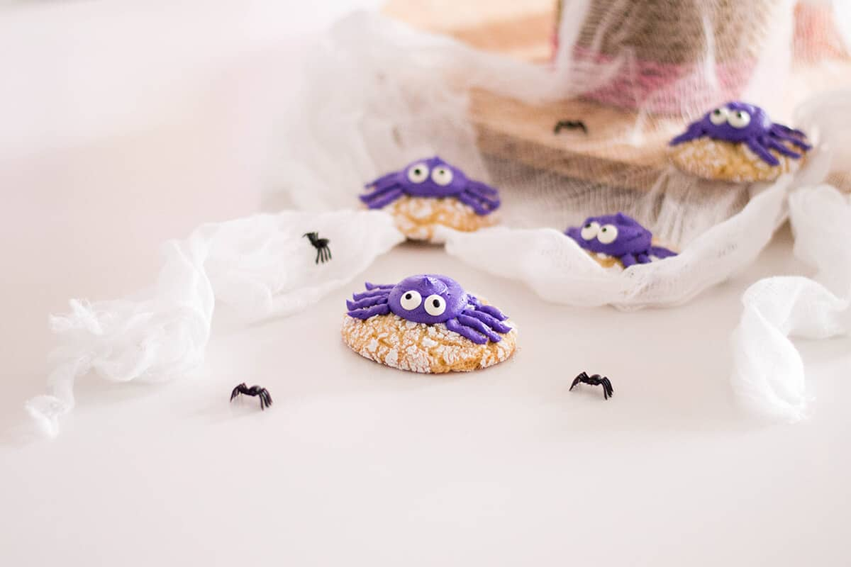 Spider Crinkle Cookies - Tasty Halloween Recipe - Giving our crinkle cookies a Halloween makeover with buttercream spiders.