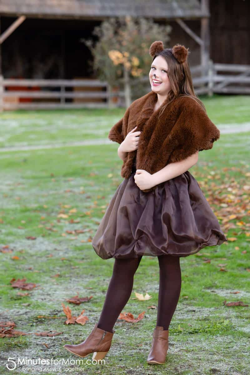 DIY Halloween Costume Brown Bear #DIYHalloweenCostumes