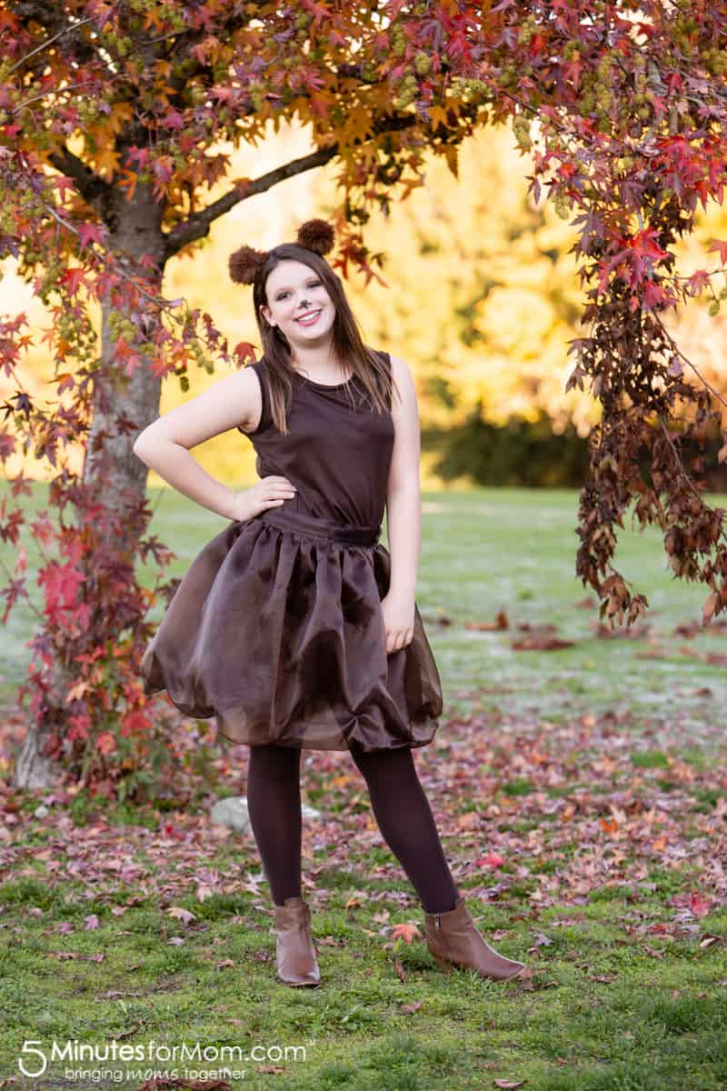 DIY Halloween Costume Brown Bear #DIYHalloweenCostumes