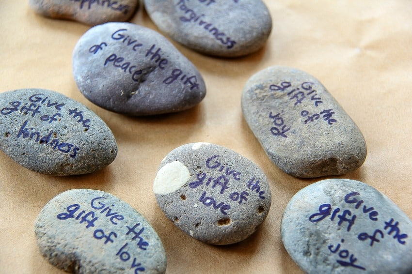 Painting messages on rocks