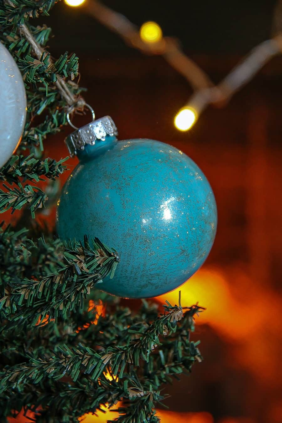 How To Paint Christmas Ornaments