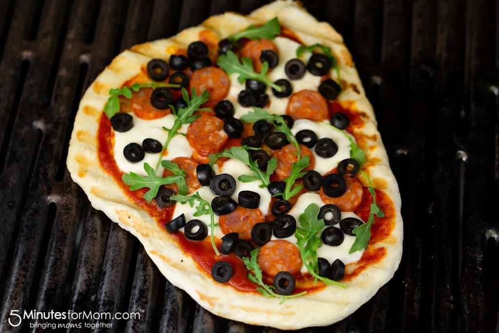 Grilled Pizza with Olives