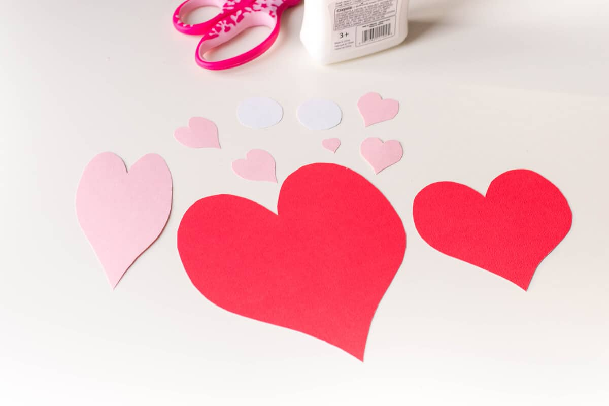 A DIY Valentine's Day card made up of heart shapes: here's how to make an Owl Heart Shape Paper Craft.