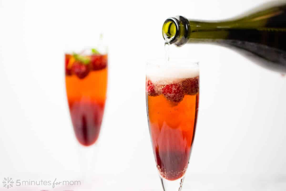 How to Make Raspberry Sparkling Wine Cocktail