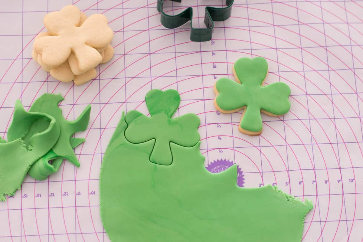 Decorating St. Patrick's Day Sugar Cookies with green fondant