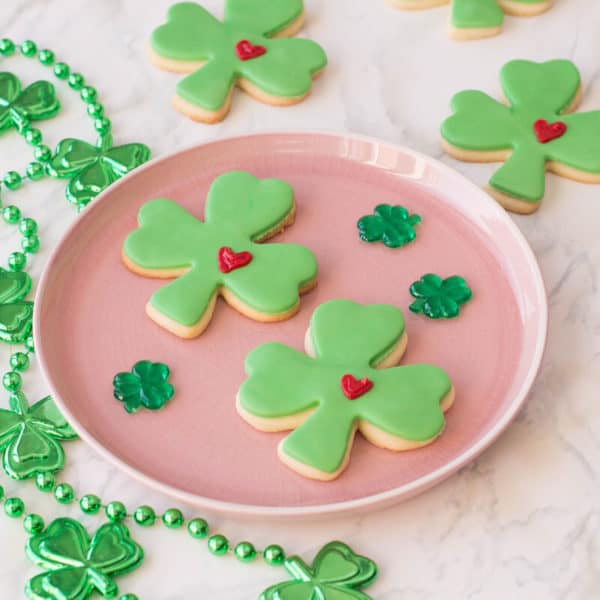St. Patrick's Day Sugar Cookies with a Clever Decorating Trick