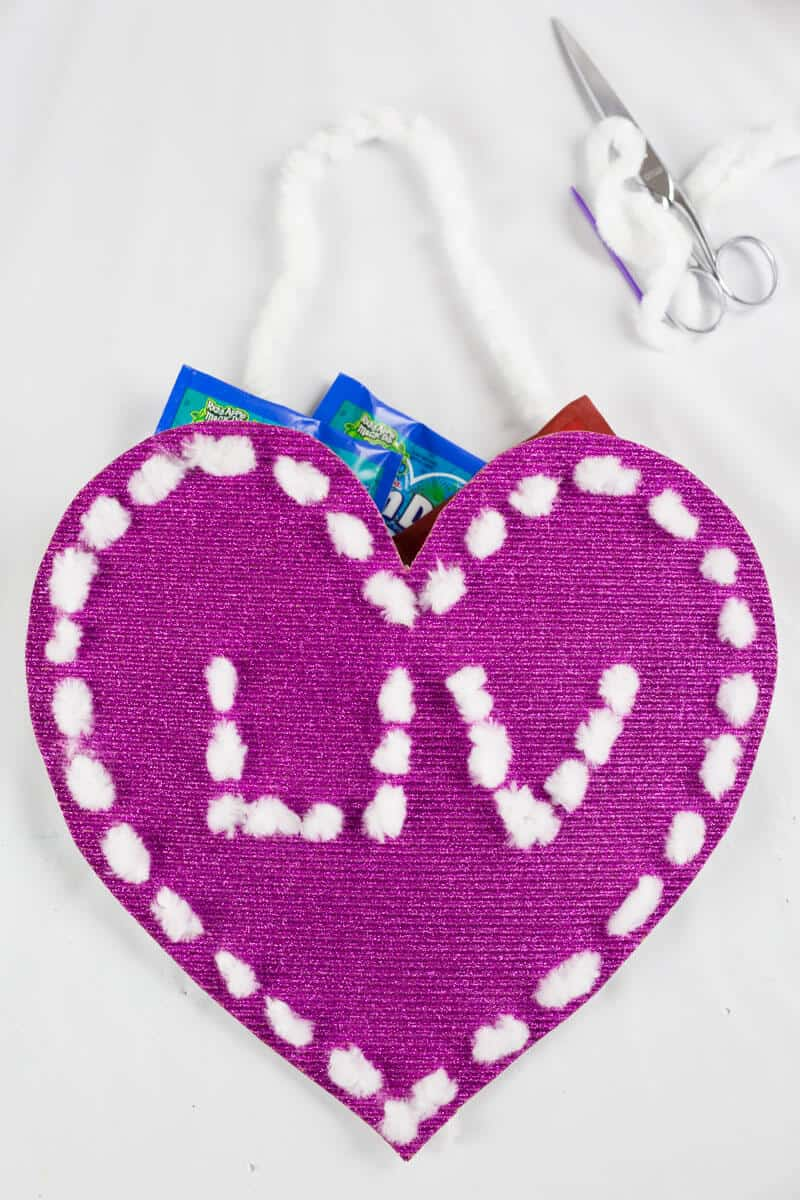 Sewing craft Valentine card holder for kids