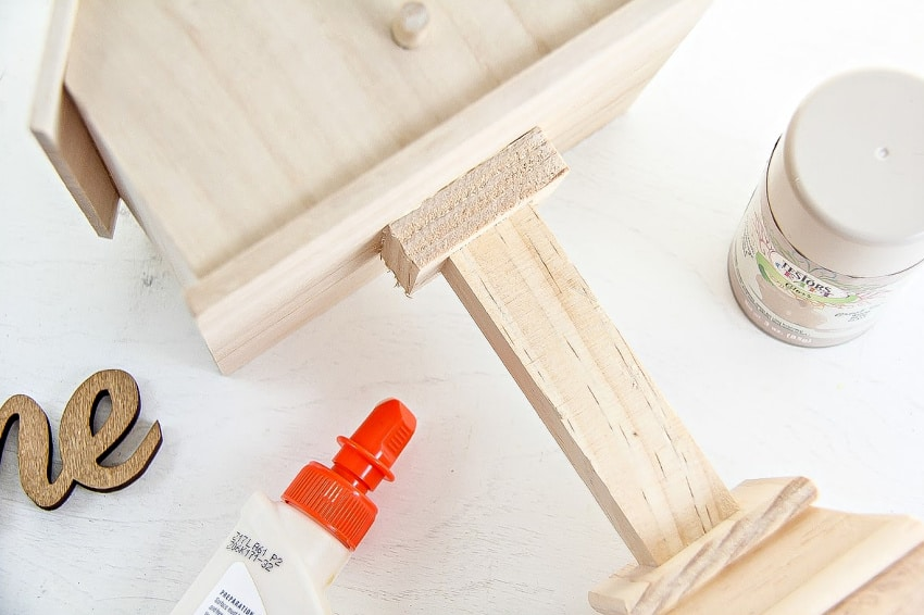 How To Make A Bird House