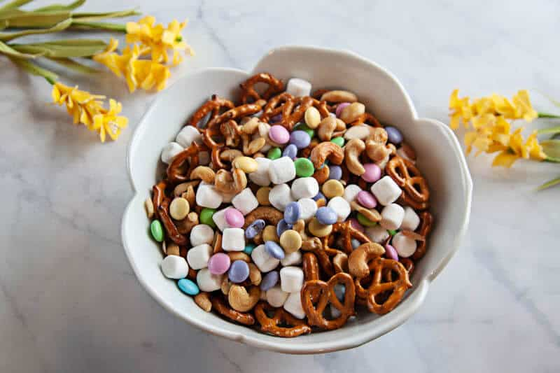 Easy Spring Snack Mix