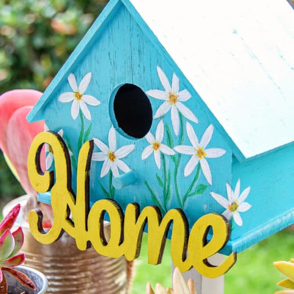 Painted Birdhouses – Easy Spring Craft Idea