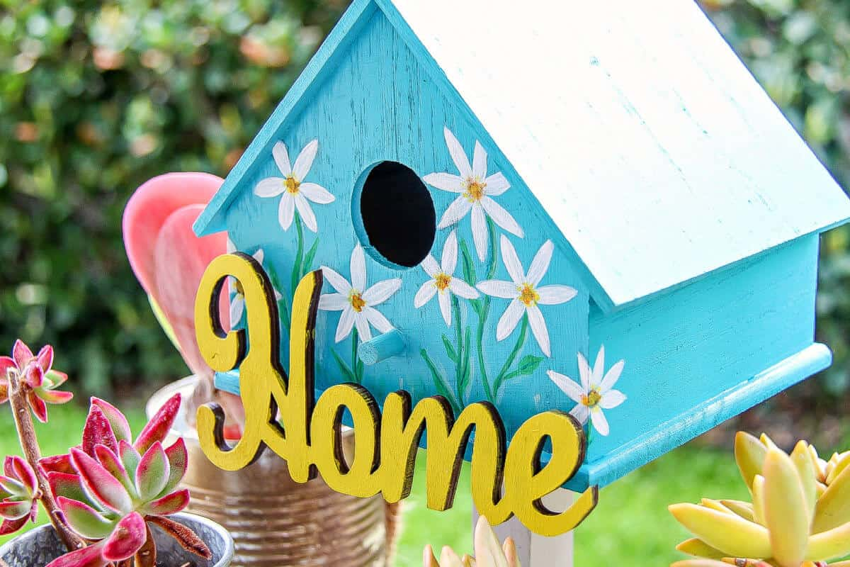 Painted Birdhouses - How To Paint A Bird House