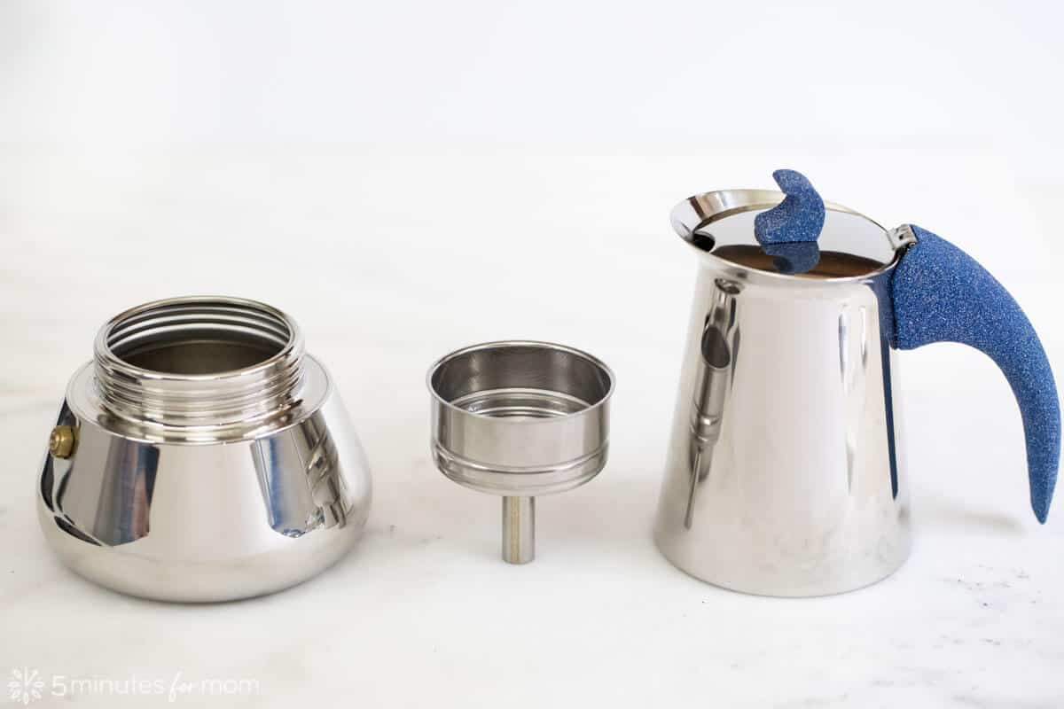 How To Use A Moka Pot - Discover The Secret To Making ...