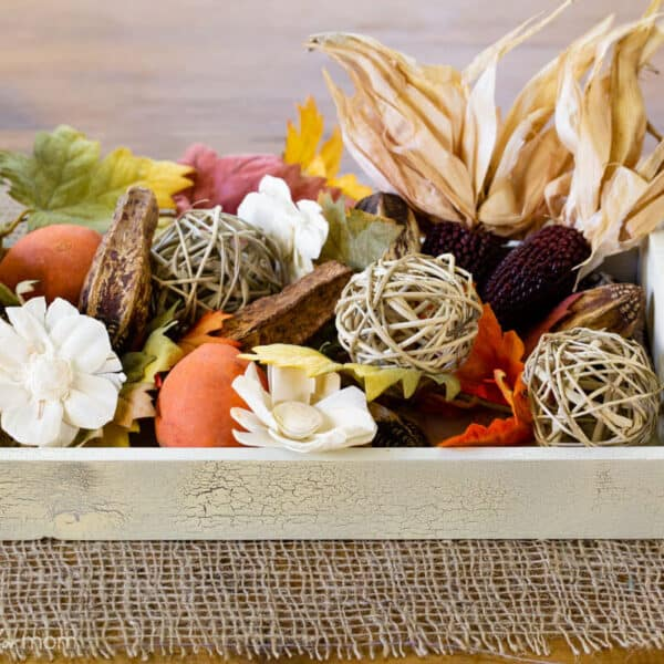 DIY Thanksgiving Centerpieces made with Crackle Spray Paint