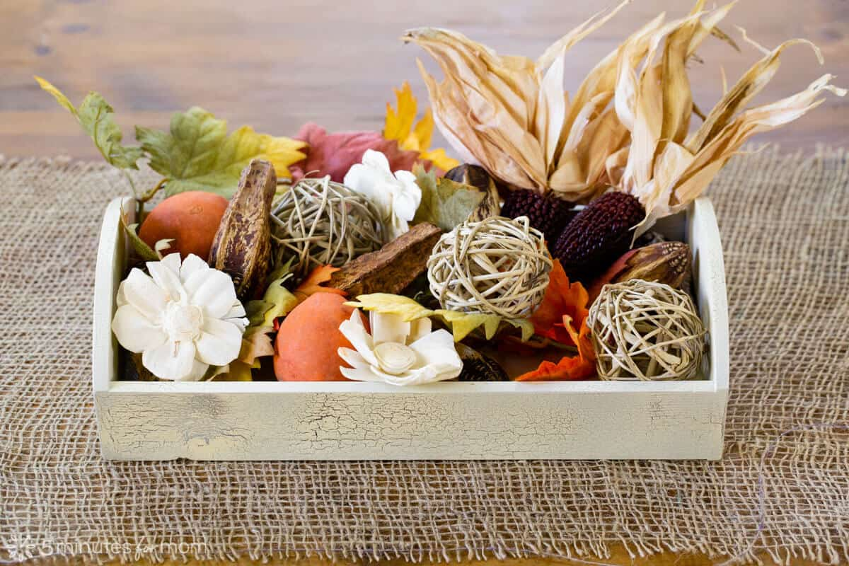 DIY Thanksgiving Centerpieces with Crackle Spray Paint
