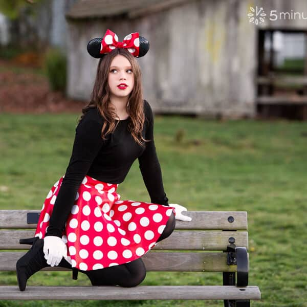 DIY Minnie Mouse Costume – How To Make A Minnie Mouse Skirt And Bow