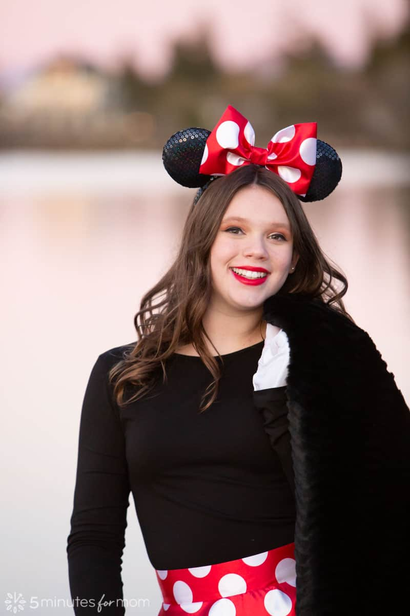 How To Make A Minnie Mouse Bow