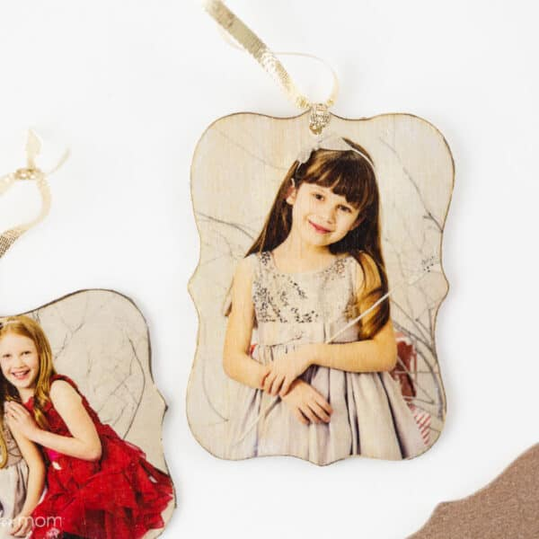Photo Ornaments DIY – How To Turn Your Photos Into Beautiful Christmas Ornaments