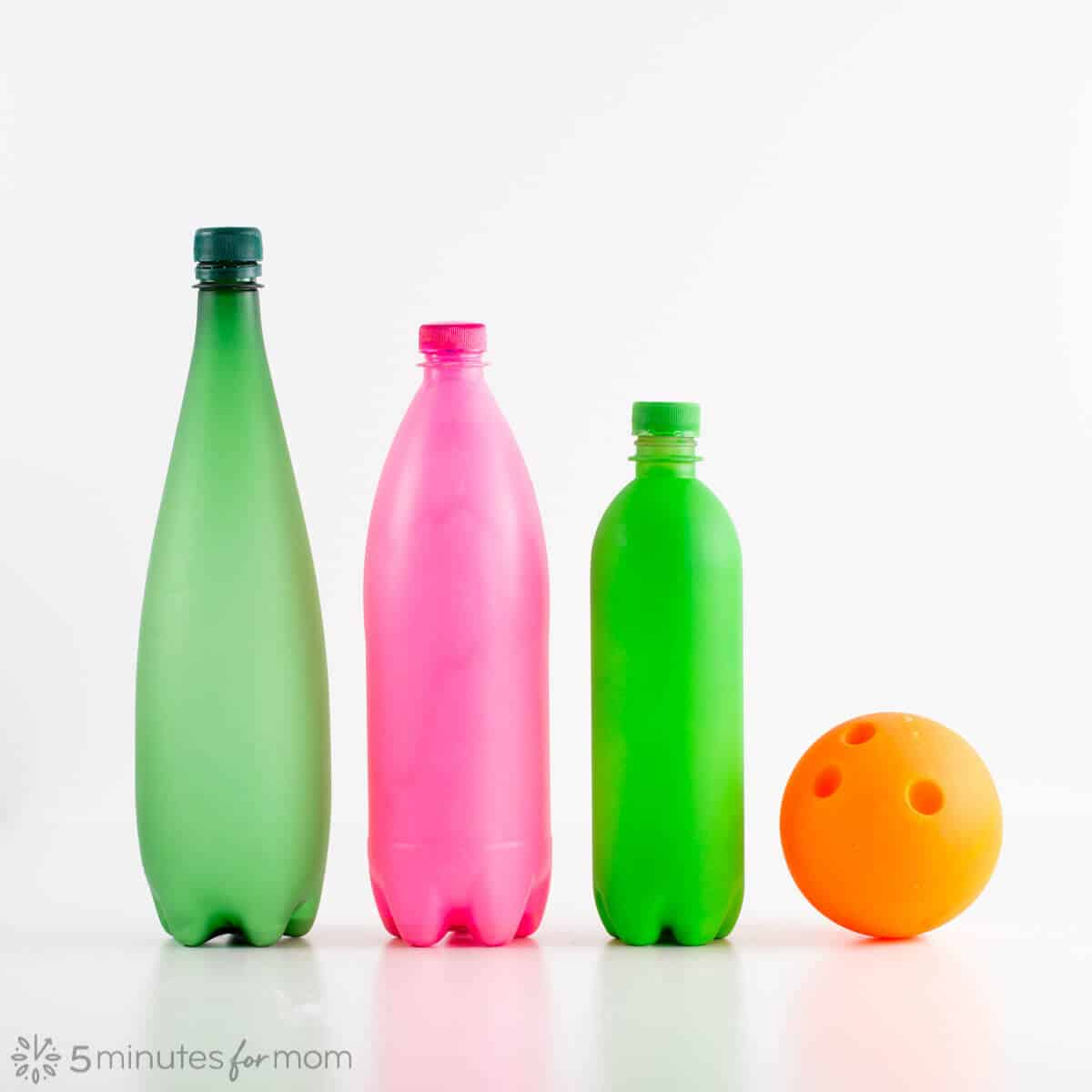 3 Ways to Make Glow in the Dark Bowling Pins