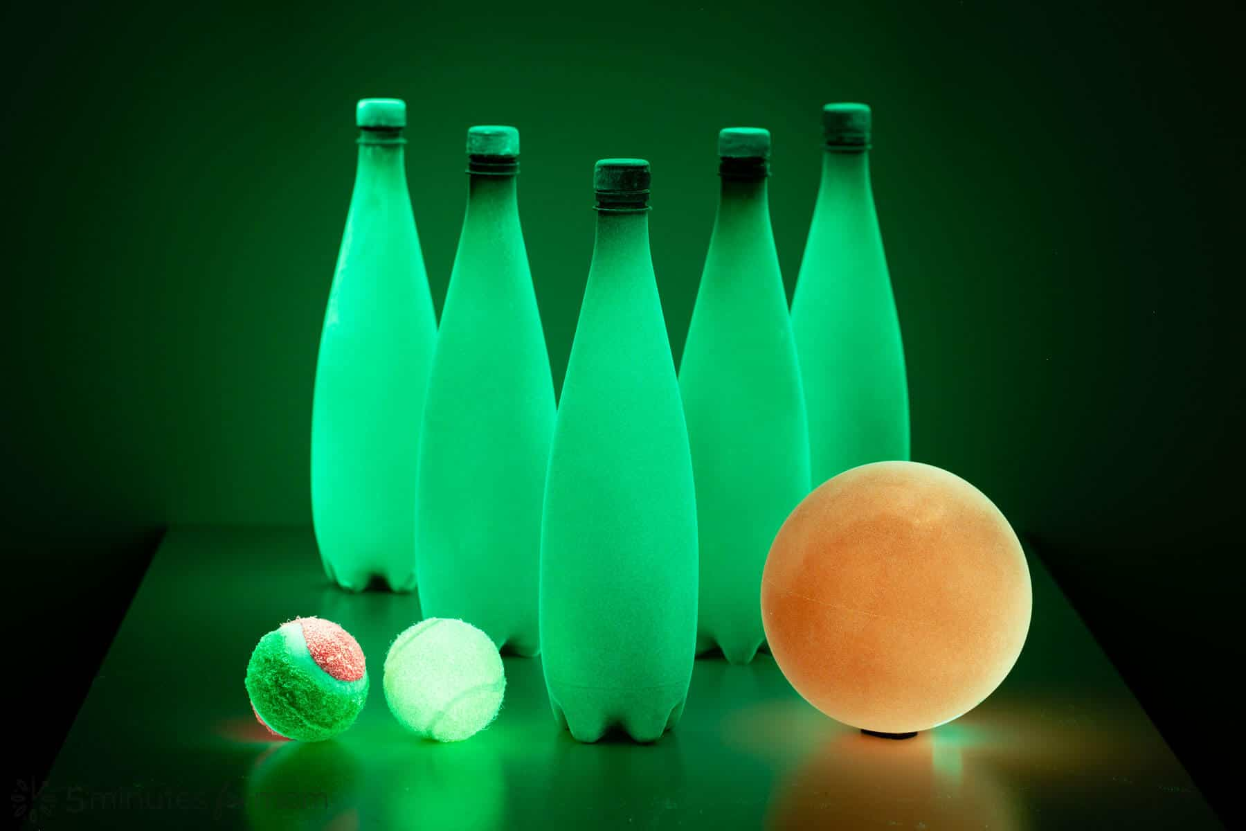 Spray Paint Glow in the Dark Bowling Set