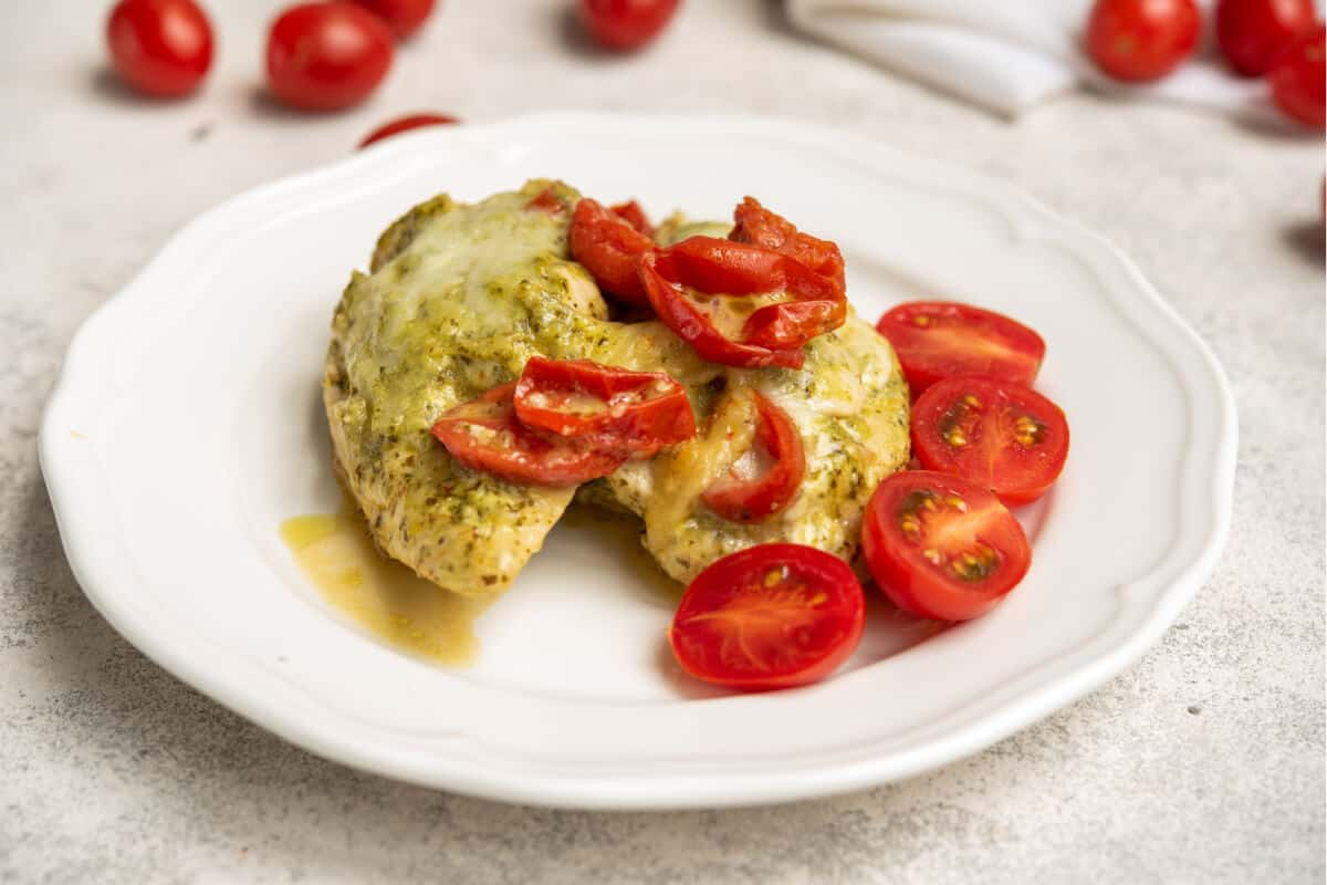 Instant Pot Pesto Chicken with Cherry Tomatoes
