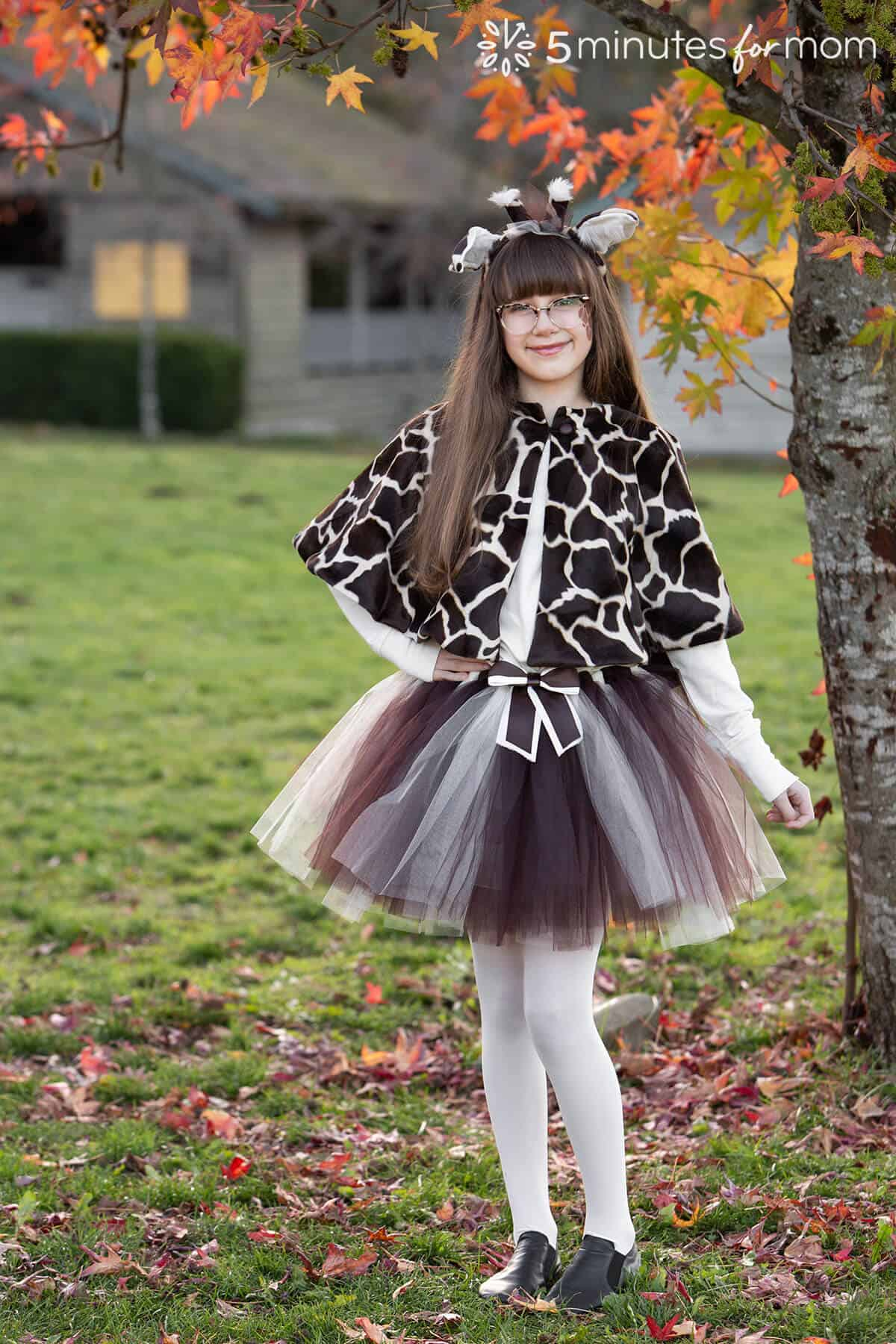 how to sew a faux fur capelet - giraffe costume