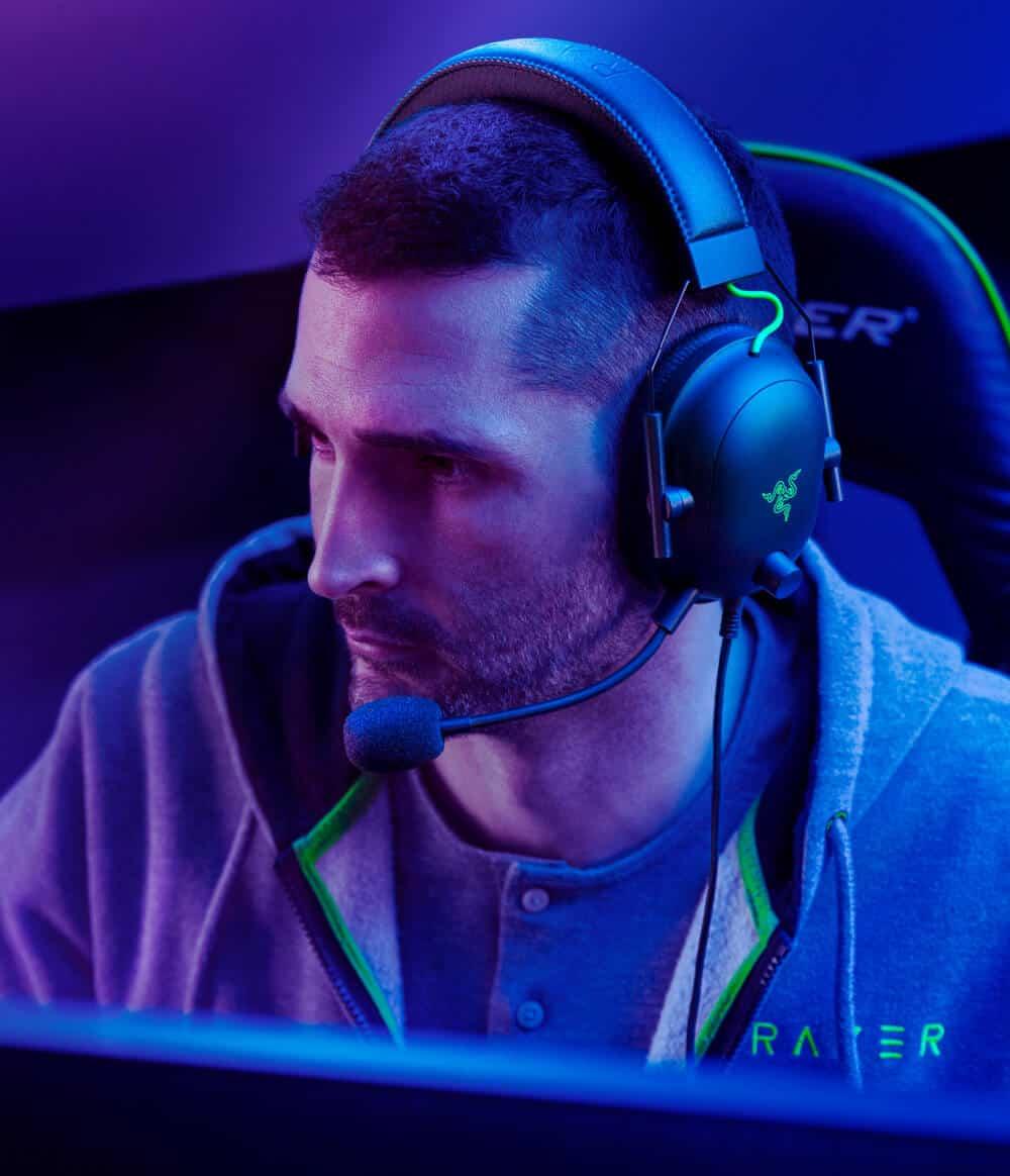 Gaming Headset Razer BlackShark - Gift Ideas for Men