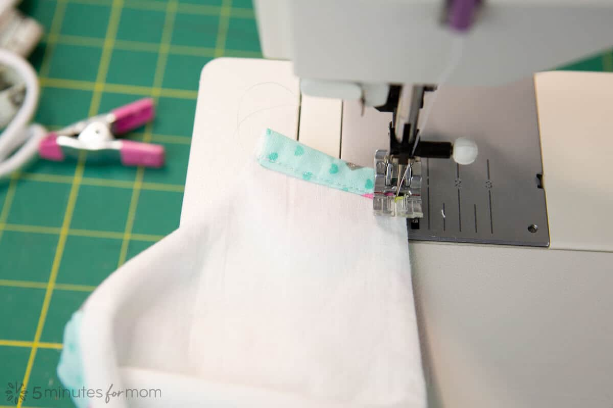fitted face mask tutorial sewing side channels
